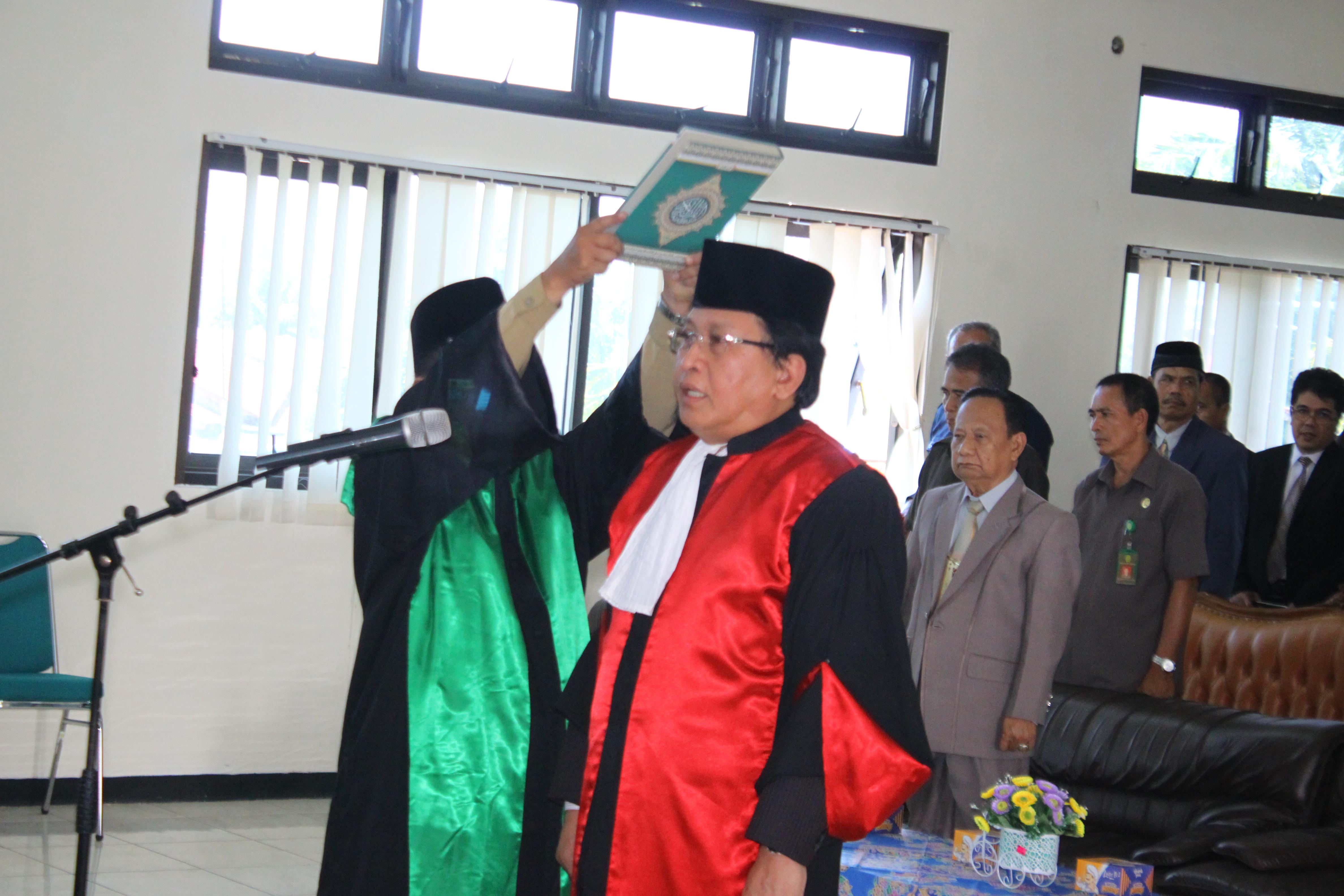 Pengambilan Sumpah & Pelantikan WKPT Bengkulu Bpk. Dr. Siswandriyono, SH, M.Hum