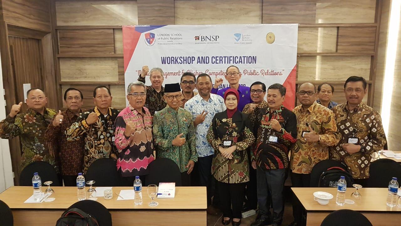 Ketua Pengadilan Tinggi Bengkulu mengikuti Pelatihan Sertifikasi Media Management Bagi Ketua / Kepala Pengadilan Tingkat Banding Di Ashley Jakarta.